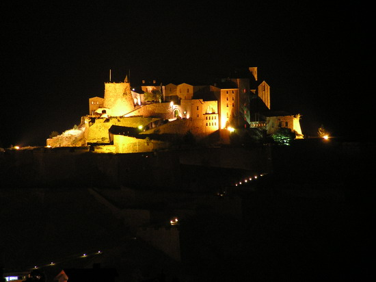 Cardona by Night